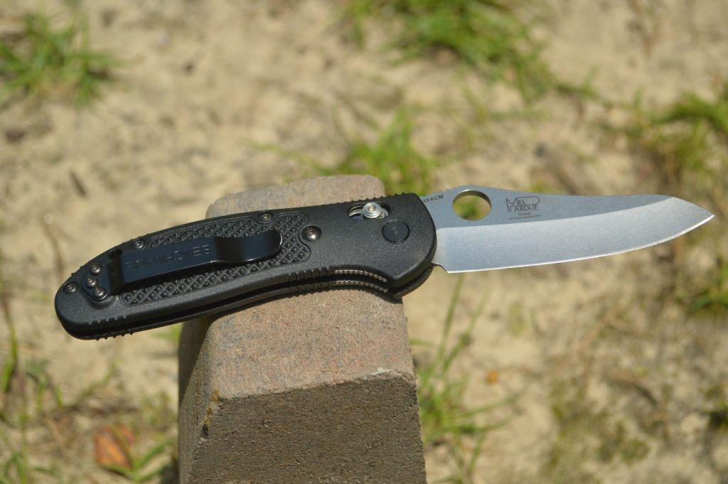 why folding knives is must